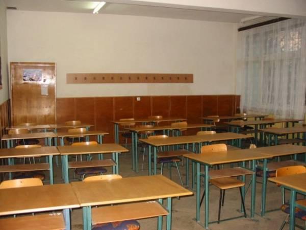 """""""Grupul Şcolar Simion Bărnuţiu"""" şi Grupul Şcolar """"Anghel Saligny"""" vor deveni o singură şcoală"""