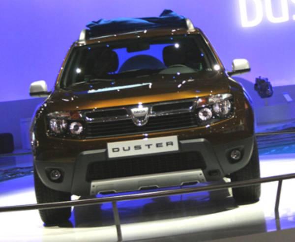 Primele poze cu Dacia Duster la Salonul Auto de la Geneva!
