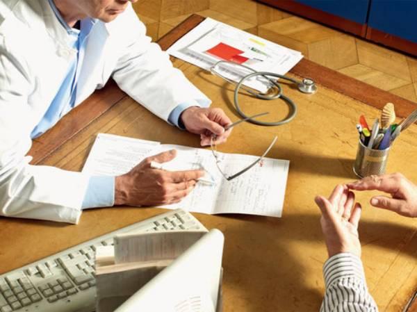 Cât vă costă o vizită la medic?