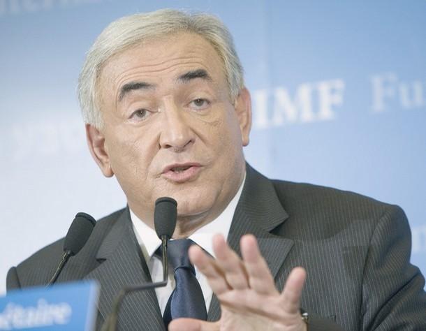 """Şeful FMI: Am spus """"NU"""" scăderii salariilor cu 25%, mai bine îi impozităm pe bogaţi"""
