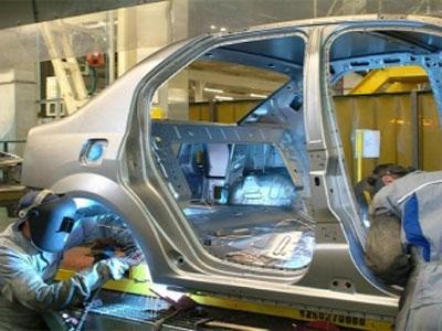 Renault pregăteşte mini-Dacia