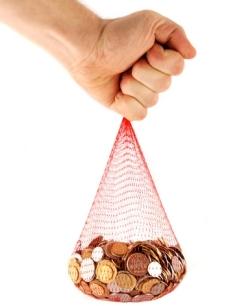 Scenariile groazei: cu cât ne reduce statul salariile