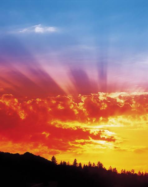 Ultravioletele au depăşit pragul de pericol în Banat şi Transilvania