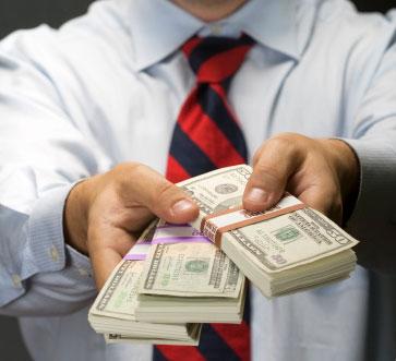 Câţi bani ne scot din buzunar românii care fraudează sistemul de asistenţă socială