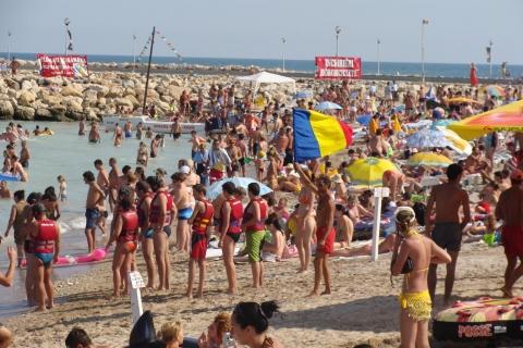 Creşte interesul pentru destinaţiile româneşti: un milion de turişti în luna iulie