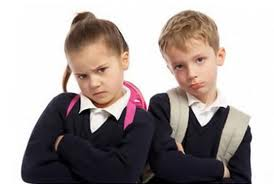 Alocaţia familială va fi sistată pentru elevii care au media la purtare sub 8