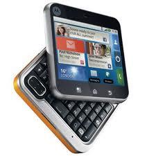 Vânzările de telefoane mobile au explodat, datorită smartphone-urilor