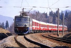 Bărbat neidentificat călcat de tren