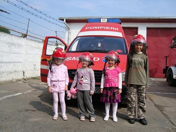 Ziua Porţilor Deschise la unitatea de Pompieri Carei