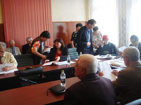 Şedinţă de consiliu la sfârşit de săptămână