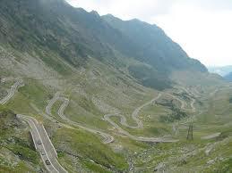 Transfăgărăşanul, în topul celor mai spectaculoase drumuri din lume