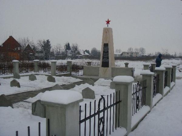 Cimitirul ostaşilor sovietici de la Carei