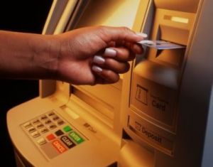 Acţiuni de control la bancomate