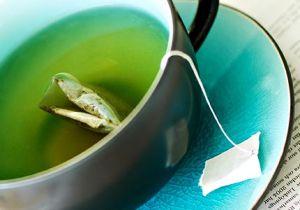 Efectele ceaiului verde asupra sănătăţii dinţilor şi parodonţiului