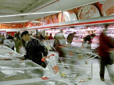 """Lista celor mai toxice E-uri alimentare. Vezi aici """"traducerea"""" etichetei"""