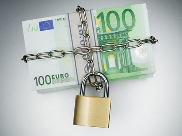 Grupare infracţională  pe linia falsului de monedă destructurată