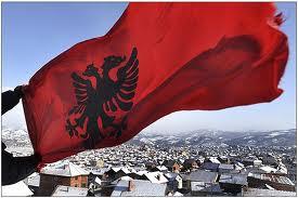 "Kosovarii au făcut trafic de organe. ""Pacienţii"" erau prizonieri sârbi"