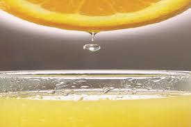 7 boli tratate cu suc de lămâie