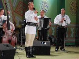 Spectacol de binefacere cu Dinu Iancu Salajean si Nicolae Sabau