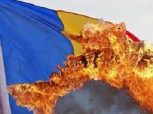 România, sfâşiată de maghiari cu acceptul politicienilor români