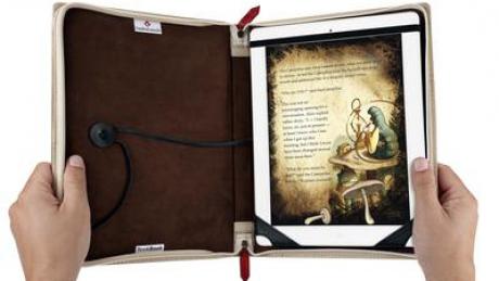 Carcasa care transformă iPad-ul într-o carte
