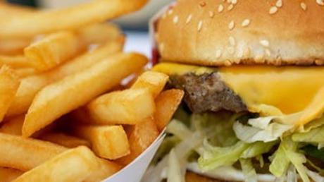 Micii, şaorma şi hamburgerii vor avea TVA redus