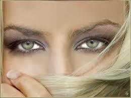 Culoarea ochilor îţi dezvăluie slăbiciunile