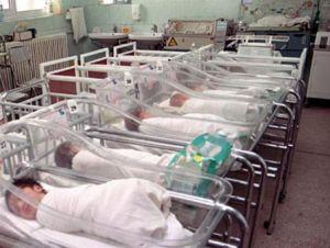 Medicii din Vâlcea au confundat un copil cu o tumoare abdominală!