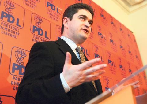PDL, un partid- două Românii