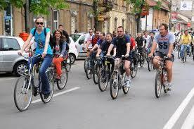 Veniţi la Marşul Bicicletelor şi al Rolelor