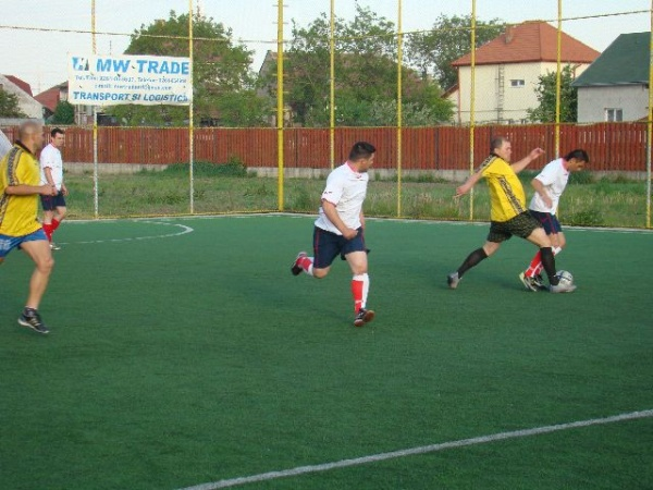 Prima etapă la Minifotbal