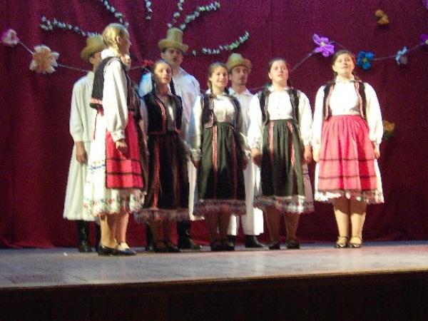 Avem cel mai bun grup vocal folcloric