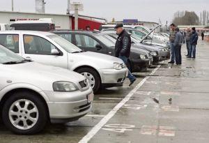 Cum îţi poţi cumpăra Mercedes la preţ de Tico