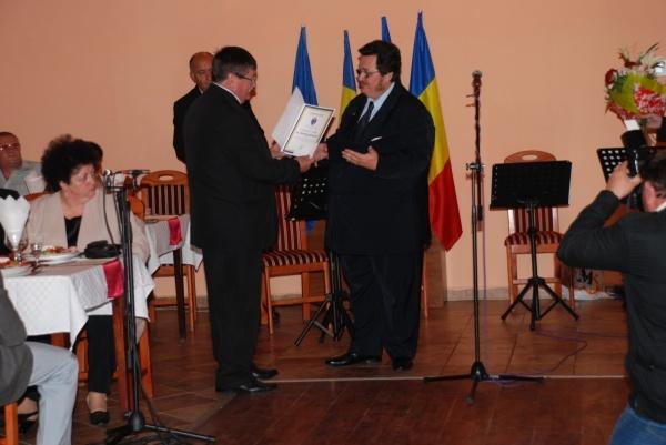 Directorul Filarmonicii Dinu Lipatti, declarat colaborator al Securităţii
