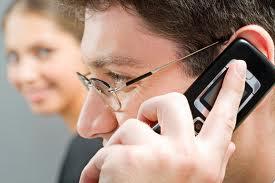 Avertizare OMS: Telefoanele mobile pot cauza cancer