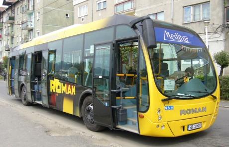 Autobuzul românesc care vrea să se bată cu Mercedes