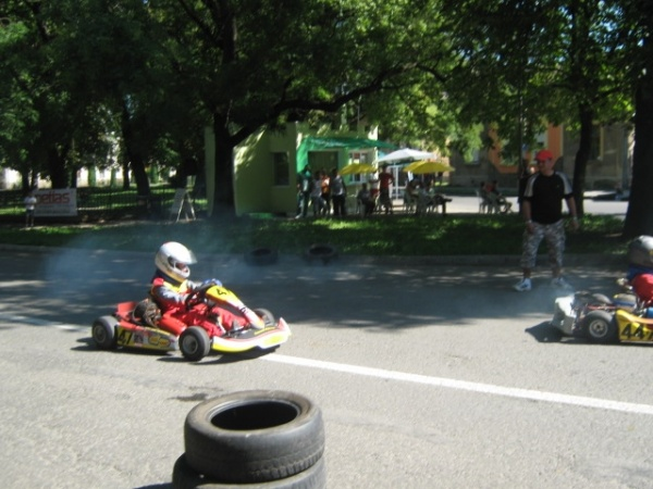 "Final cu incidente la concursul de karting""Villa Karul"""