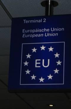 Cetăţenii UE au dreptul,de la 1 aprilie,la iniţiativă legislativă europeană