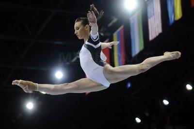 Echipa feminină a României a câştigat triunghiularul de gimnastică de la Erzingen