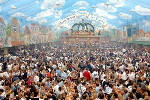 """""""Sathmarer Oktoberfest"""" în weekend"""