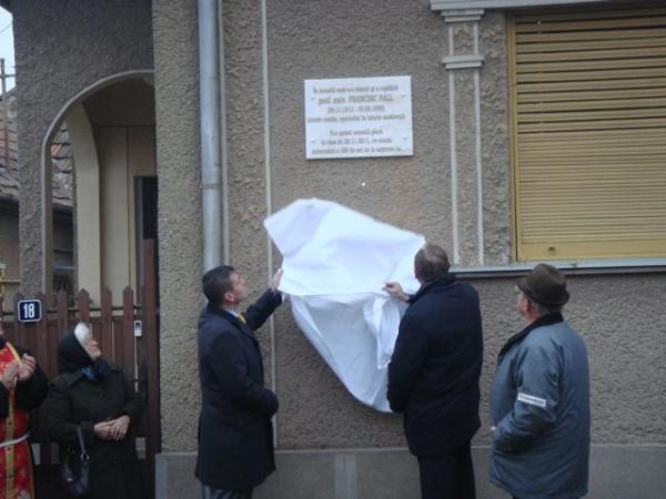 Placă comemorativă şi bust pentru Francisc Pall
