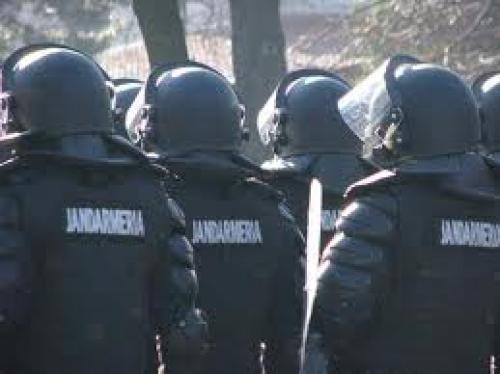 Studenţi sătmăreni în practică la Jandarmerie