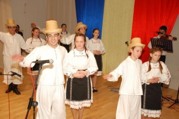 Spectacol Festiv de Ziua Naţională