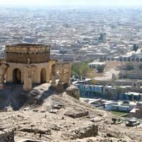 Chinezii sunt pe val: Au pus mâna pe petrolul din Afganistan