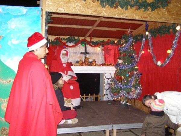 Intâlnire cu Moș Crăciun la Castel
