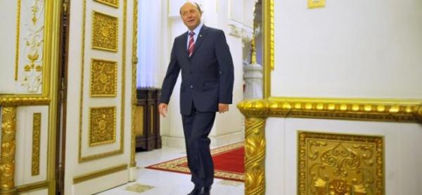 De ce-i tremură vocea lui Traian Băsescu? Astăzi, ziua cea mai lungă
