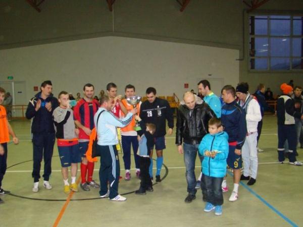RoşAlbaştri recidivează şi păstrează Cupa Futsal Carei şi în 2012