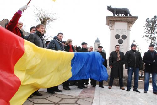 Miting de solidaritate cu românii din Harghita, Covasna şi Mureş.VEZI locul de întâlnire din fiecare oraş