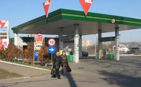 Jaf la o benzinărie din Satu Mare: L-a ameninţaţ pe casier cu un cuţit şi a furat 1.500 de lei
