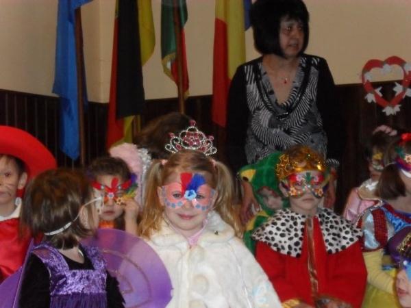 Ziua Mamei sărbătorită de grupa mare de la Grădiniţa cu program prelungit nr 3 din Carei